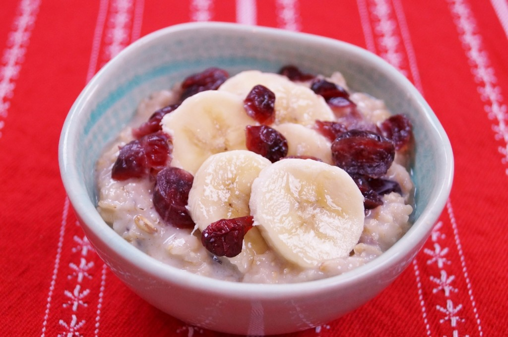 Banana Cranberry Oatmeal - Easy Healthy Breakfast Idea