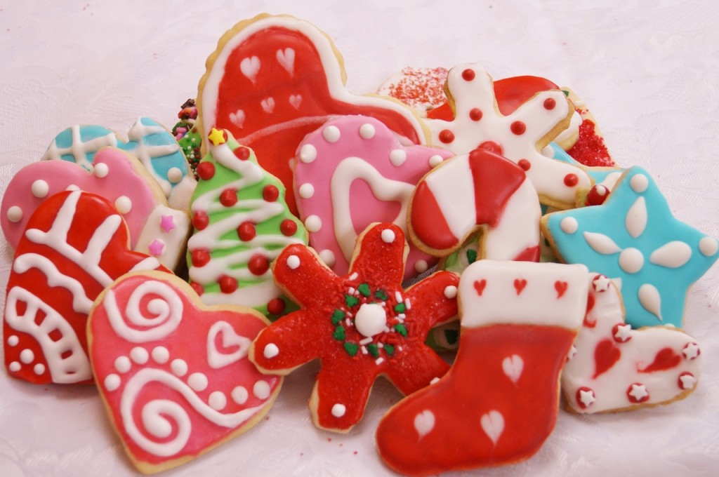 Cut Out Sugar Cookies | Dishin' With Di - Cooking Show *Recipes ...