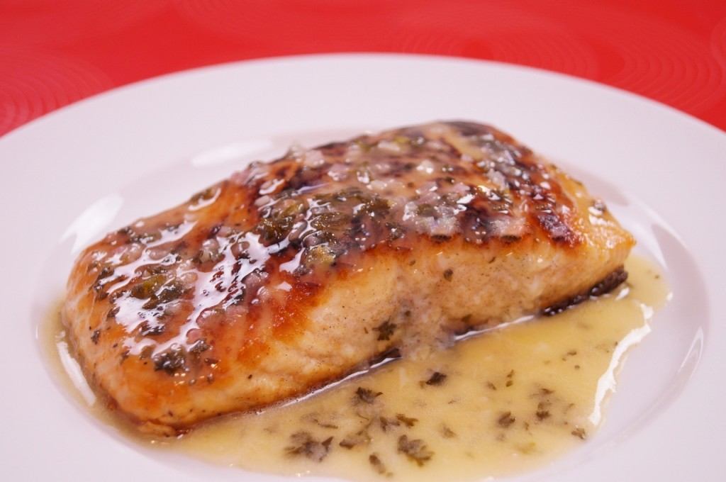 Seared salmon with lemon butter sauce dishin 39 with di for Lemon fish sauce recipe